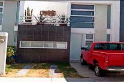 Casa en Fraccionamiento Tres Recámaras