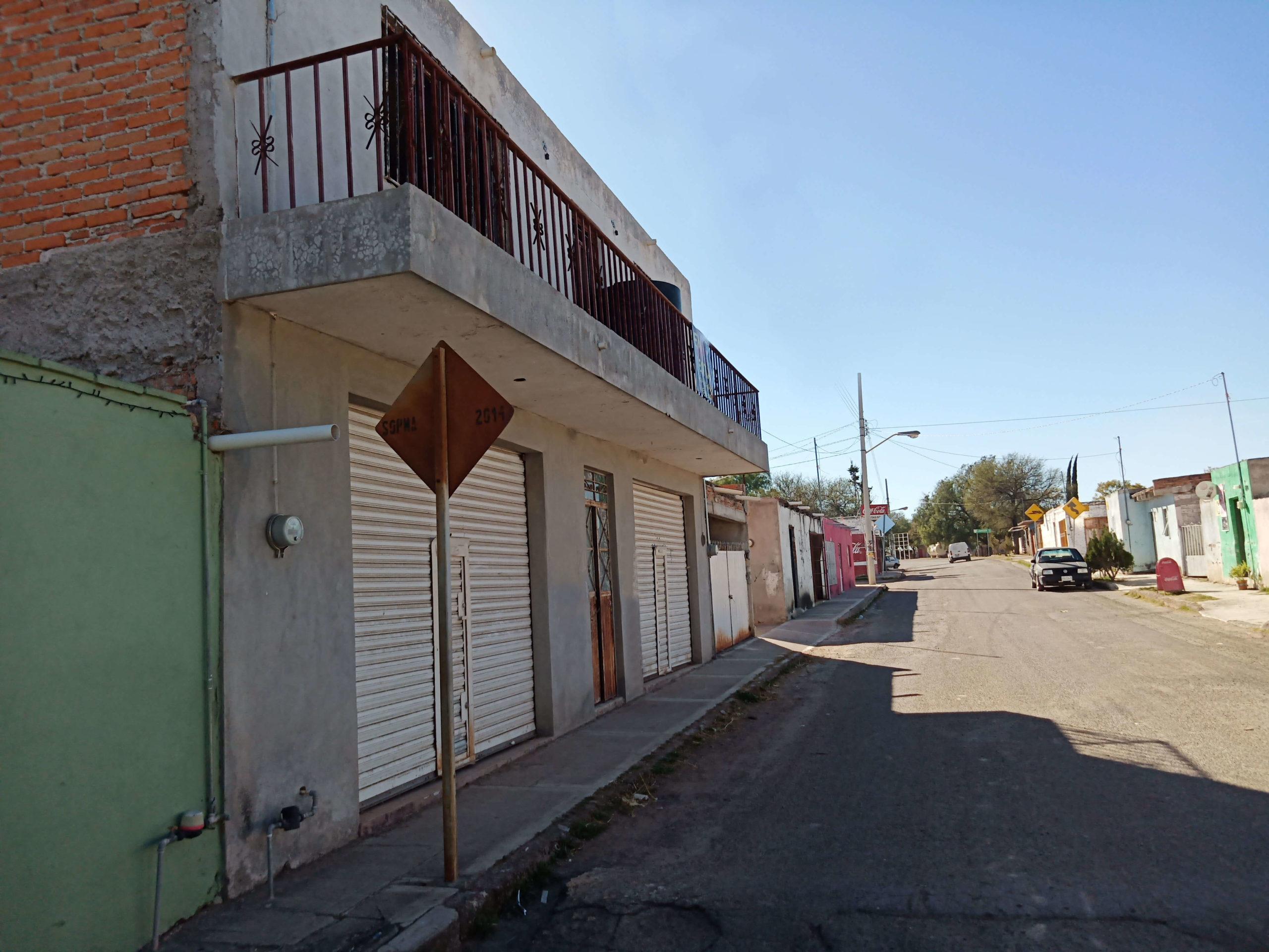 Se Vende Casa con Locales en Aguascalientes